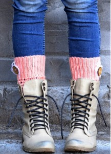 Crochet boot cuffs with buttons & lace
