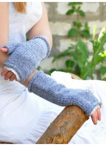 Long cable mittens gray melange with lace trim